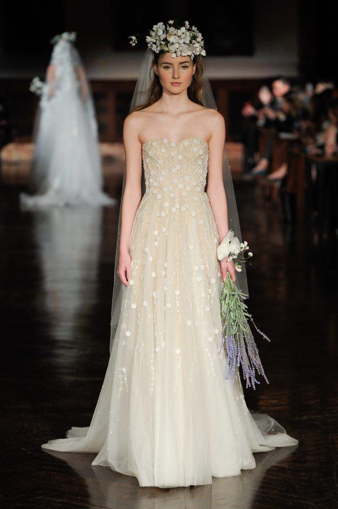 tendencia de vestidos de novia 2019 flores en 3 d reem acra